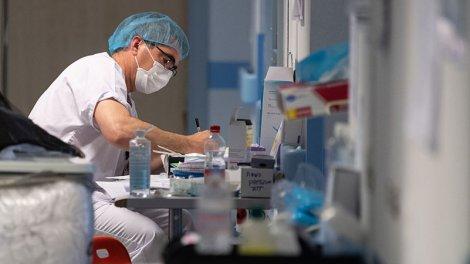 Masques : la colère des professionnels de santé contre la grande distribution