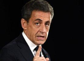 """Sarkozy défend les avocats et s'en prend au """"pouvoir médiatique"""""""