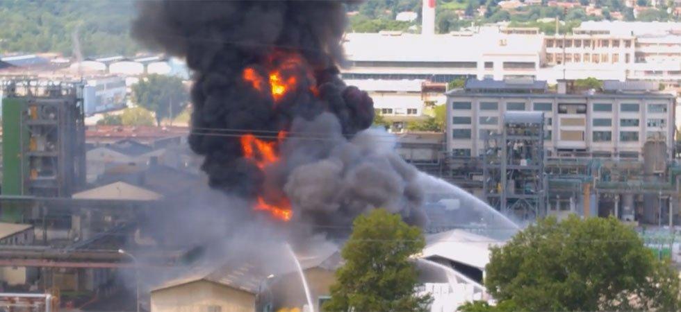 Incendie dans une usine chimique à Saint-Fons