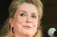 Harcèlement : la mise au point de Catherine Deneuve