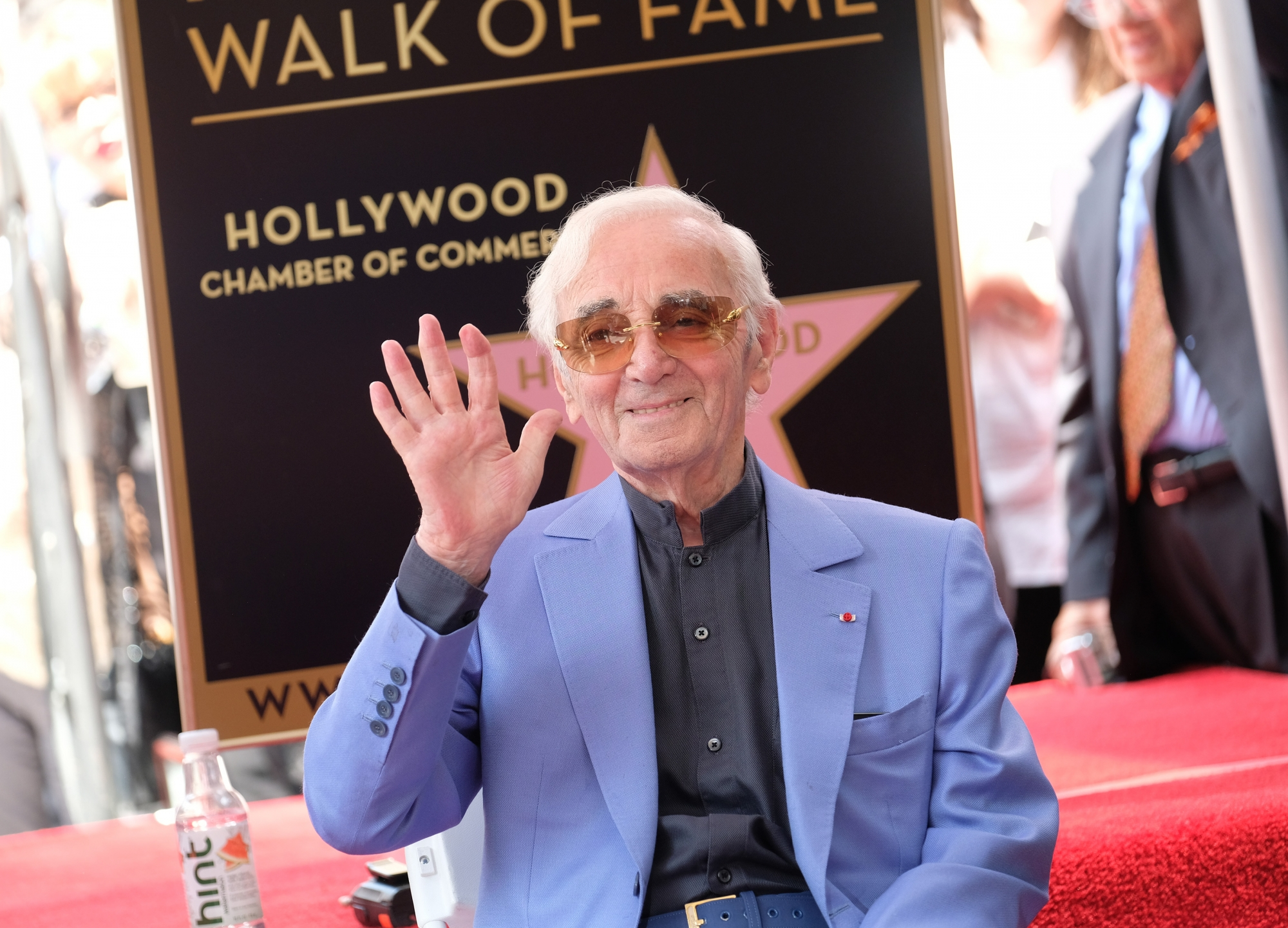 Santé Charles Aznavour contraint d'annuler un concert, ses fans inquiets