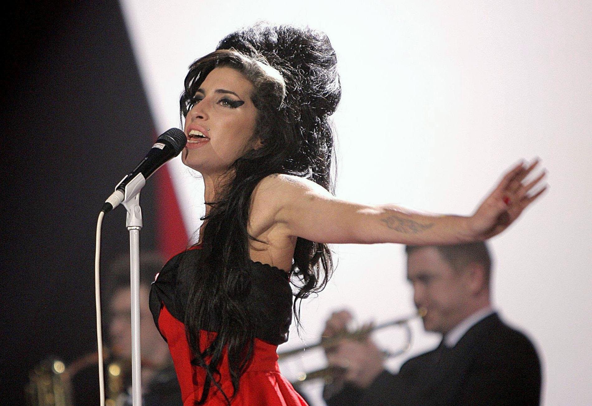 Amy Winehouse : une nouvelle tournée (en hologramme) en 2019