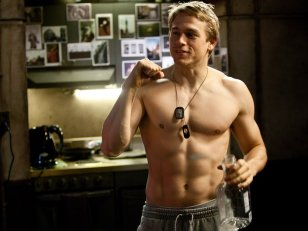 Charlie Hunnam remplace Benedict Cumberbatch pour Lost City of Z