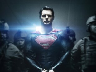 Man of Steel : Superman menottes aux poignets !