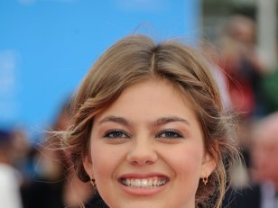 "Louane se souvient de son père : ""On chantait plein de chansons"""