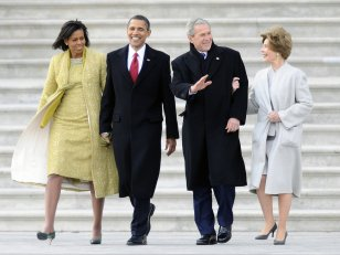 George W. Bush en dit plus sur son amitié avec Michelle Obama