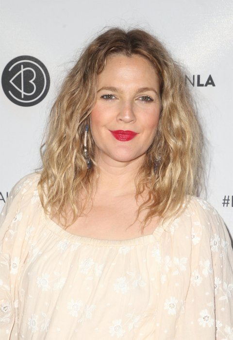 Drew Barrymore : La drogue, synonyme de descente aux enfers