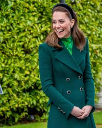 Kate Middleton : en déplacement en Irlande, elle ose le total look vert