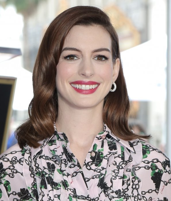 Anne Hathaway a de multiples origines