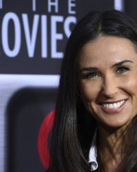 Rock That Body : Demi Moore rejoint Scarlett Johansson
