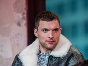 Hellboy : accusé de whitewashing, Ed Skrein quitte le reboot