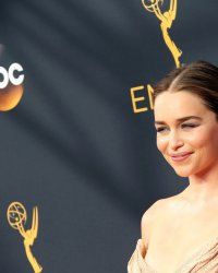 Emilia Clarke : de Game of Thrones au spin-off sur Han Solo