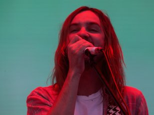 "Tame Impala annonce la réédition de son album ""Currents"""