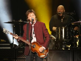 Paul McCartney, Coldplay, Sting partent en guerre contre YouTube