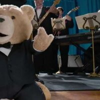 Ted 2 - Bande annonce 13 - VO - (2015)