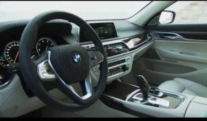 The new BMW 730d Interior Design | AutoMotoTV