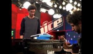The Voice  : Cover : What's Going On - Marvin Gaye - Par Alexandre et Clyde  - TF1