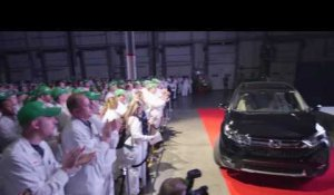 All-new 2017 Honda CR-V reveal at Honda Manufacturing of Indiana | AutoMotoTV