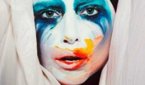 "Lady Gaga dévoile ""Applause"""