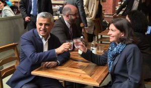 Sadiq Khan, un exemple pour la France, selon Anne Hidalgo
