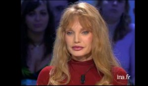 "Arielle Dombasle dit ""Magneto Serge"""