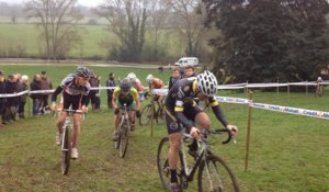 Cyclo-cross : la course dames, juniors et espoirs