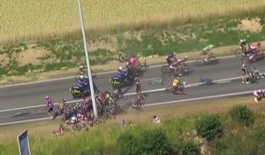 Le zapping du 07/07 : Terrible chute sur le Tour de France 2015
