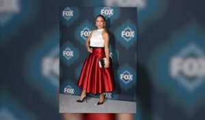 Jennifer Lopez est tirée à quatre épingle à la FOX TCA All Star Party