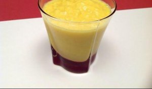 Mango Smoothie (HD)
