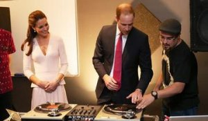 Kate Middleton et le Prince William apprentis DJ - ZAPPING ACTU DU 24/04/2014