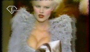 Vivienne Westwood Fall/Winter 1995/96 RTW Show | FashionTV