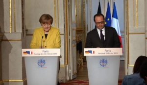 Hollande et Merkel veulent l'application des accords de Minsk