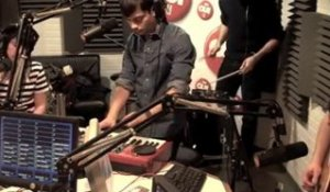 Lilly Wood And The Prick - This Is A Love Song - Session Acoustique OÜI FM