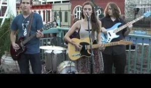 JANE ELLEN BRYANT - WHO DO YOU THINK YOU ARE? (BalconyTV)