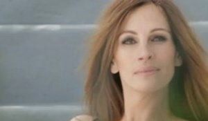 En backstage d'un shooting officiel Lancôme avec Julia Roberts