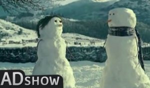 Romantic love at Christmas: Snowman
