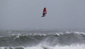 Red Bull Storm Chase Tasmania - Mission 2
