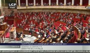 Dominique Bertinotti applaudit à l'Assemblée