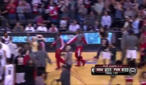 Mo Williams vient chambrer les Rockets à la fin du match