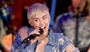 Miley Cyrus' 3 Most Viral Dance Moves