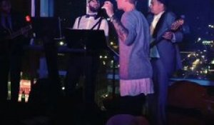 Latest 25 May 2015 - Justin Bieber Brings Soul to Boyz II Men's 'I'll Make Love to You' - Watch Now!