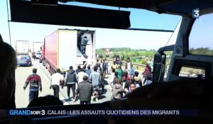 Migrants : la tension grimpe à Calais