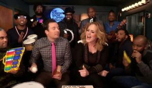 "Adèle, Jimmy Fallon et The Roots reprennent ""Hello"" avec des instruments pour enfants - The Tonight Show du 24/11/15 sur MCM!"