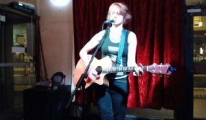 Vanessa Heinitz live @ Bald Faced Stag (2)