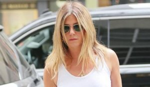 Jennifer Aniston s'en prend aux tabloïdes