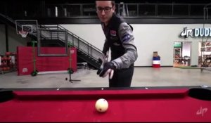 Trick shot en billard sur 3 tables ! Dingue...