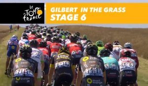 Gilbert dans l'herbe / in the grass - Étape 6 / Stage 6 - Tour de France 2017