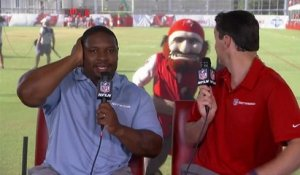 'Captain Fear' video bombs Rhett Lewis and Maurice Jones-Drew