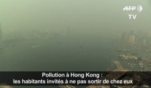 Hong Kong englouti par la pollution