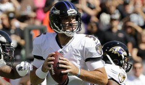 Joe Flacco throws his second completion of over 50 yards to Mike Wallace